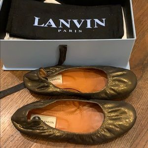 LANVIN Sparkly Gold Flats!